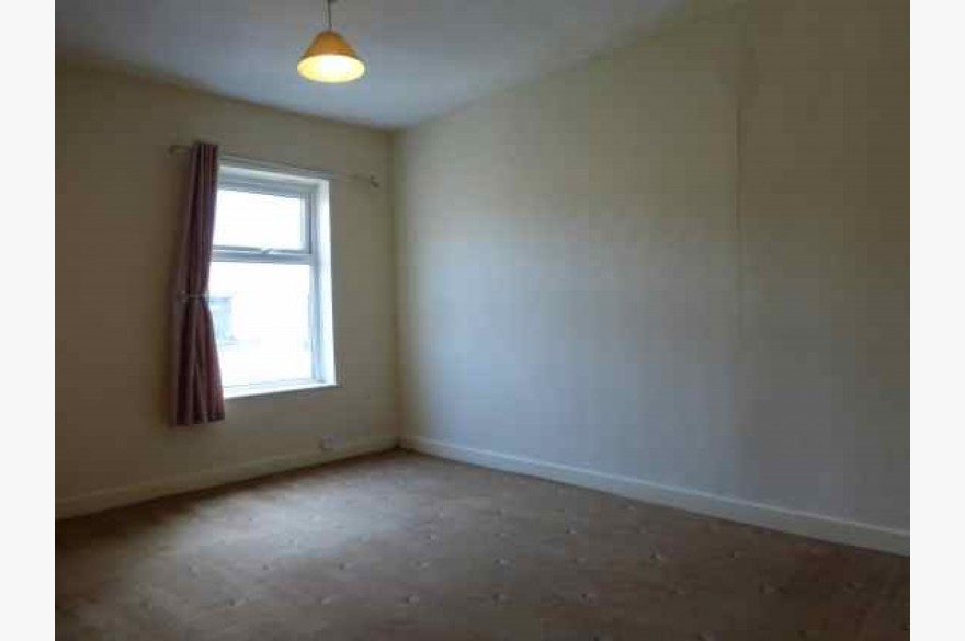 2 Bedroom Shop & Flat Investments For Sale - Image 4