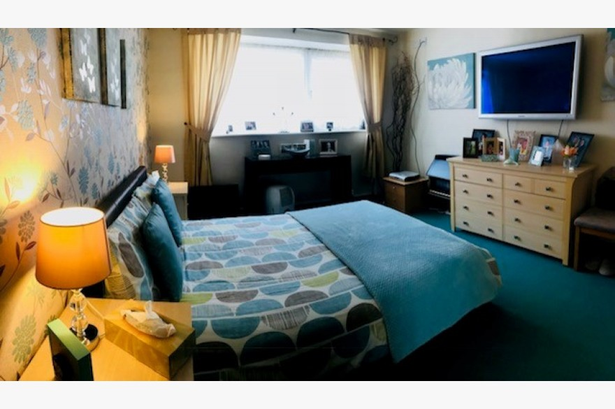17 Bedroom Hotel Hotels Freehold For Sale - Image 12