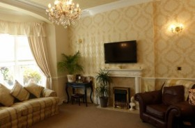 7 Bed Hotel Hotels Freehold For Sale - Main Image