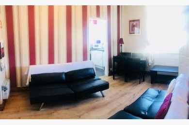 Holiday Flats For Sale - Photograph 5