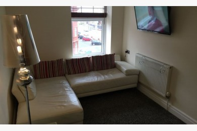 Commercial Property For Sale - Photograph 7