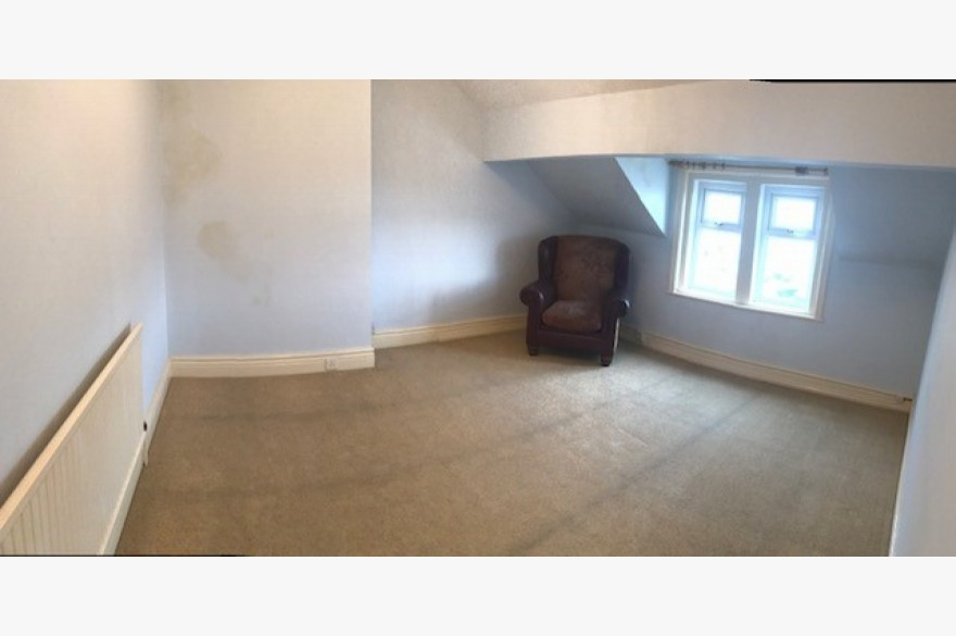 4 Bedroom Empty Unit & Flat Catering Freehold For Sale - Image 5