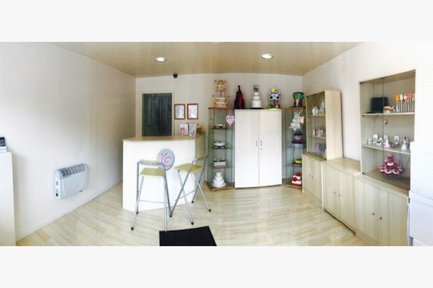 Empty Shop & Flat/house Retail Freehold For Sale - Image 3