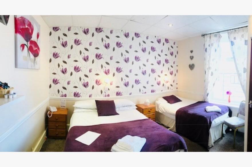 30 Bedroom Hotel Hotels Freehold For Sale - Image 10