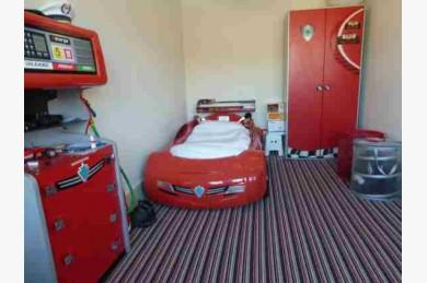 27 Bedroom Hotel Hotels Freehold For Sale - Image 17