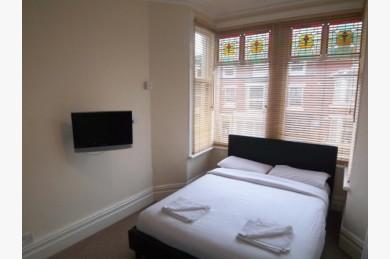 16 Bedroom Hotel Hotels Leasehold For Sale - Image 9