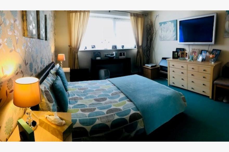 17 Bedroom Hotel Hotels Freehold For Sale - Image 12