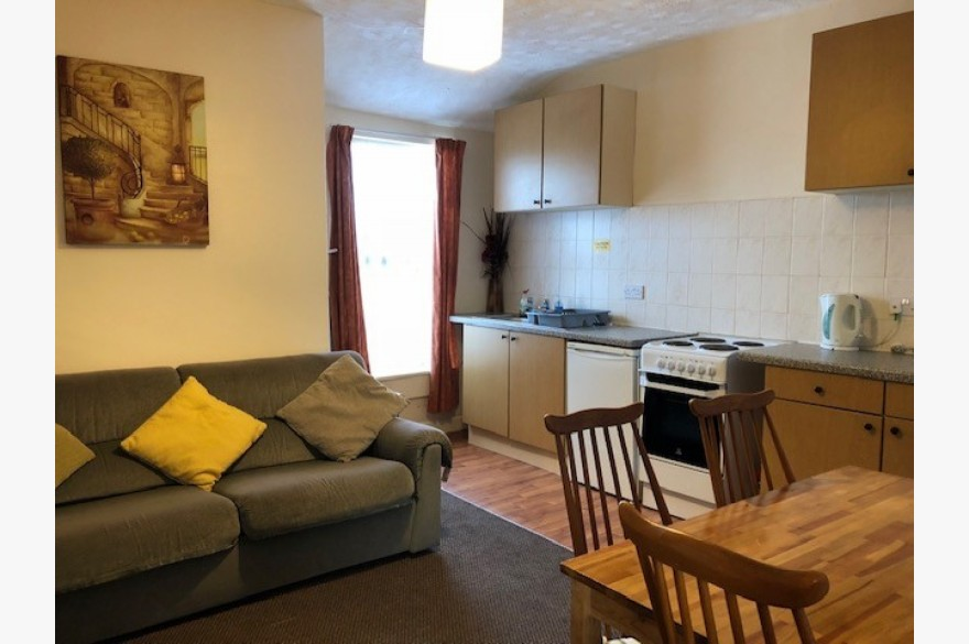 Holiday Flats For Sale - Image 6