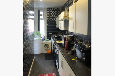 5 Bedroom Holiday Flats For Sale - Photograph 5